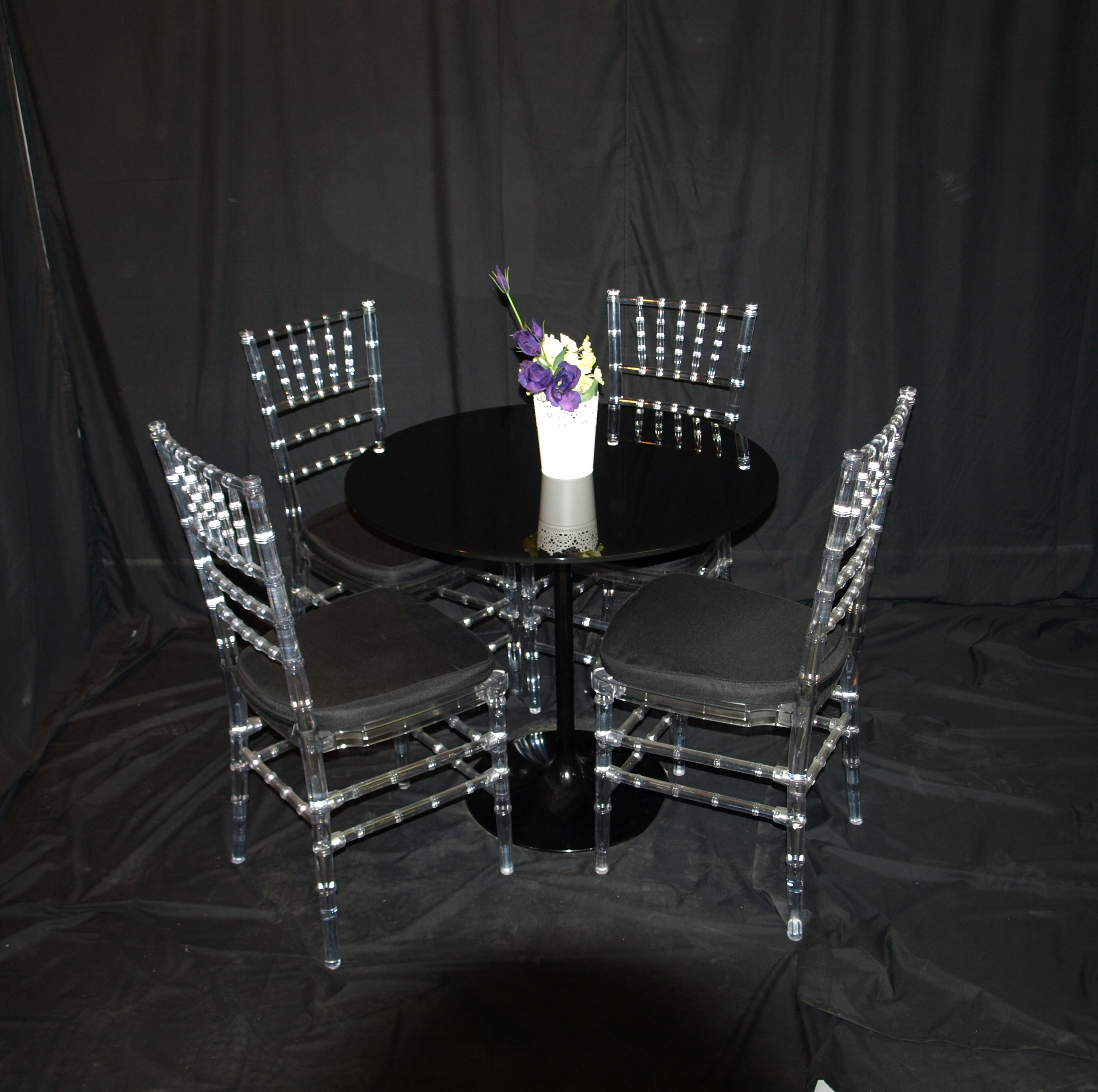 Black Table setting (inc 4 tiffany chairs)
